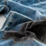 фото пятна мазута на джинсах