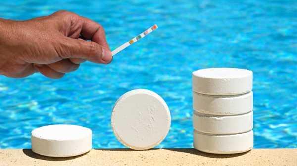 фото коррекции кислотности воды в бассейне