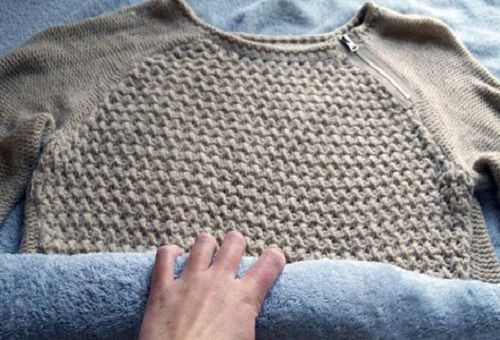 фото сушки шерстяного свитера после стирки