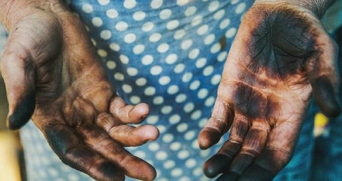 фото как отмыть руки от сажи
