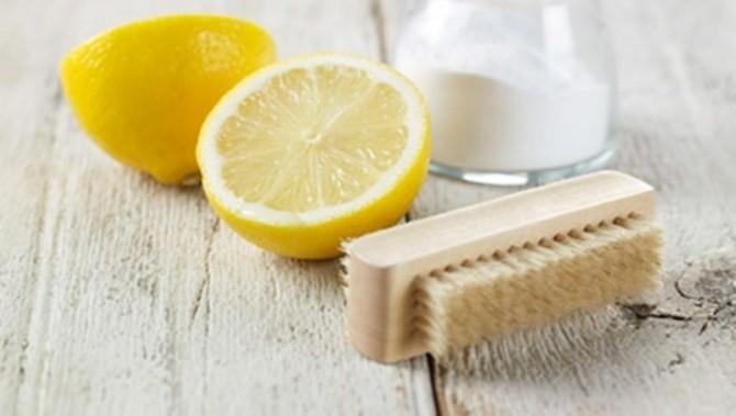 лимонный сок против пятен от травы