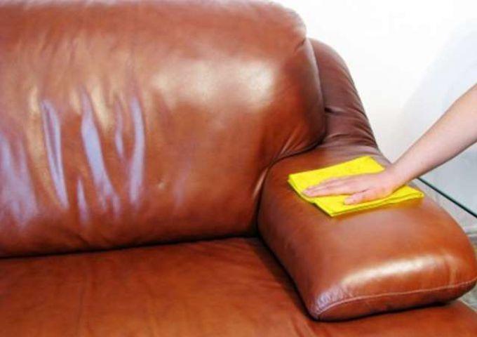 фото чистки кожаного дивана