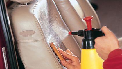 фото чистки сиденья автомобиля в домашних условиях