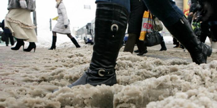 причины появления соли на обуви